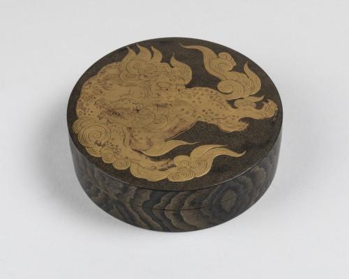 18th century - Kogo - Two Shishi Playing, Japan Edo 18th century