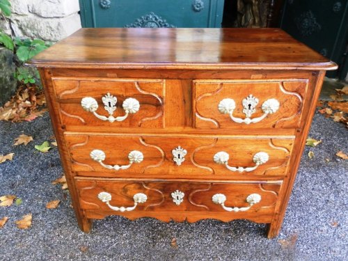 Louis xiv period parisian chest of drawers