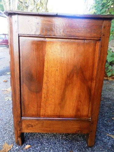 Antiquités - Louis xiv period parisian chest of drawers