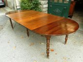 A Louis-Philippe extending dining Table in walnut