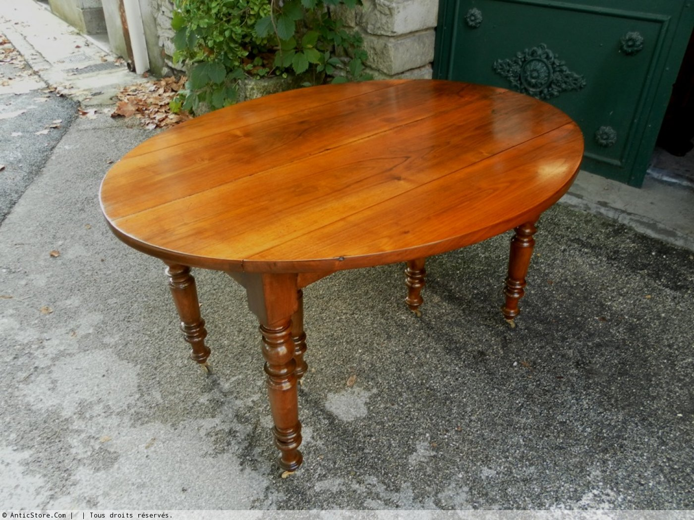 Table ovale louis philippe en noyer xixe si cle - Table ancienne repeinte ...