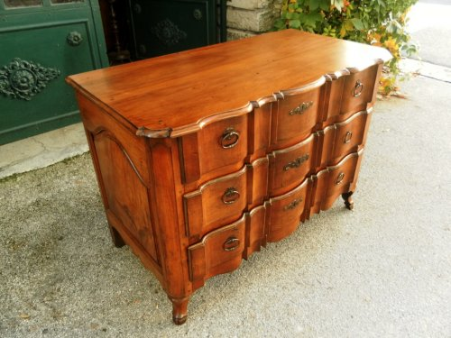 Louis XIV - 18th Century French commode or chest of drawers