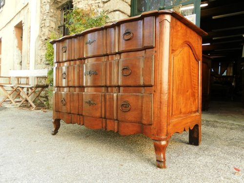 Antiquités - 18th Century French commode or chest of drawers