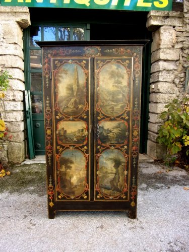 Rare 18th century uzès cabinet - Furniture Style