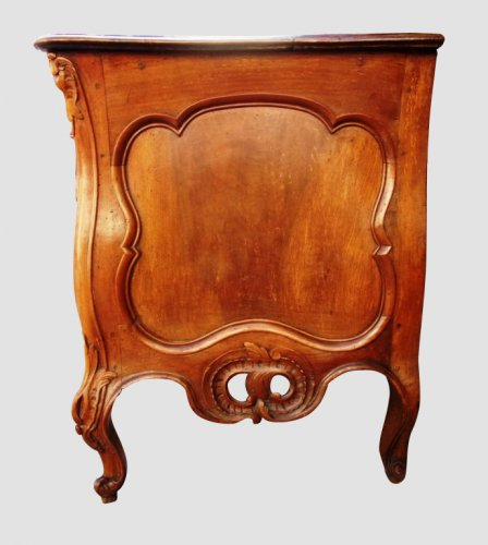 A French provencal (Nîmoise) 18th commode  -
