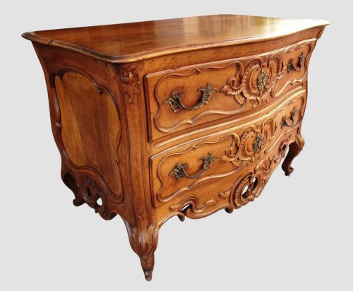 18th century - A French provencal (Nîmoise) 18th commode