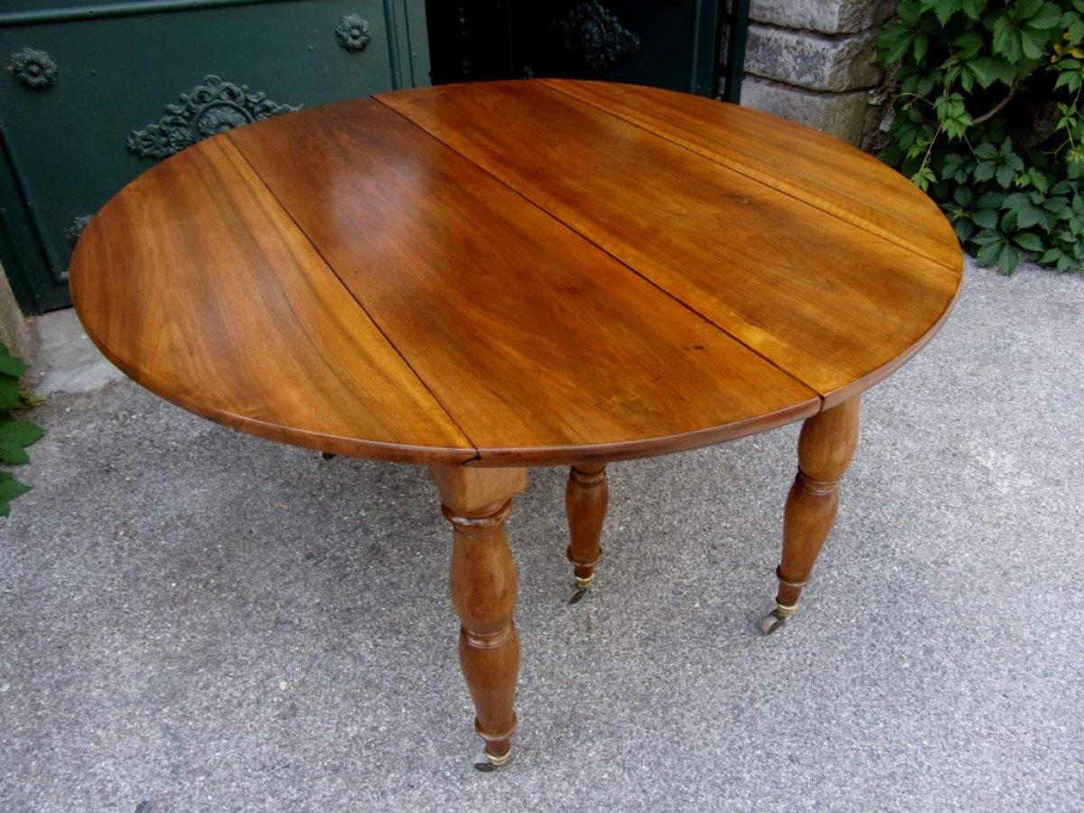 Table louis philippe restauration en noyer pieds jacob for Table 6 pieds louis philippe