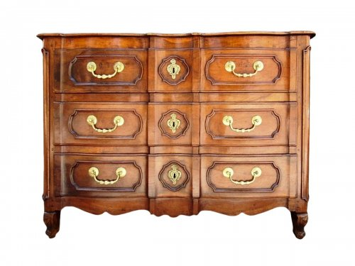 "18th C Provencal ""arbalete"" chest of drawers"
