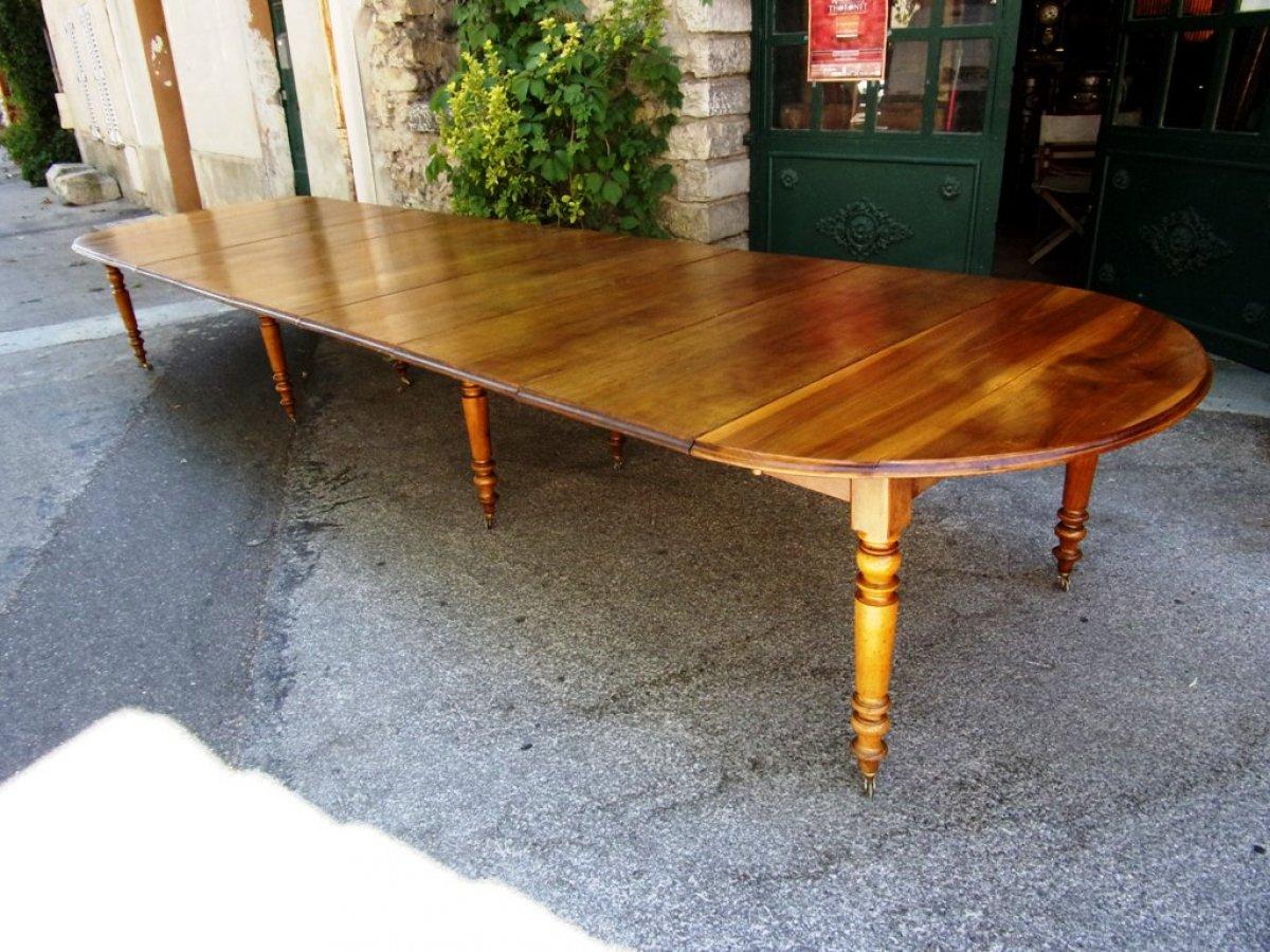 Table de banquet louis philippe en noyer 8 pieds xixe for Table 6 pieds louis philippe