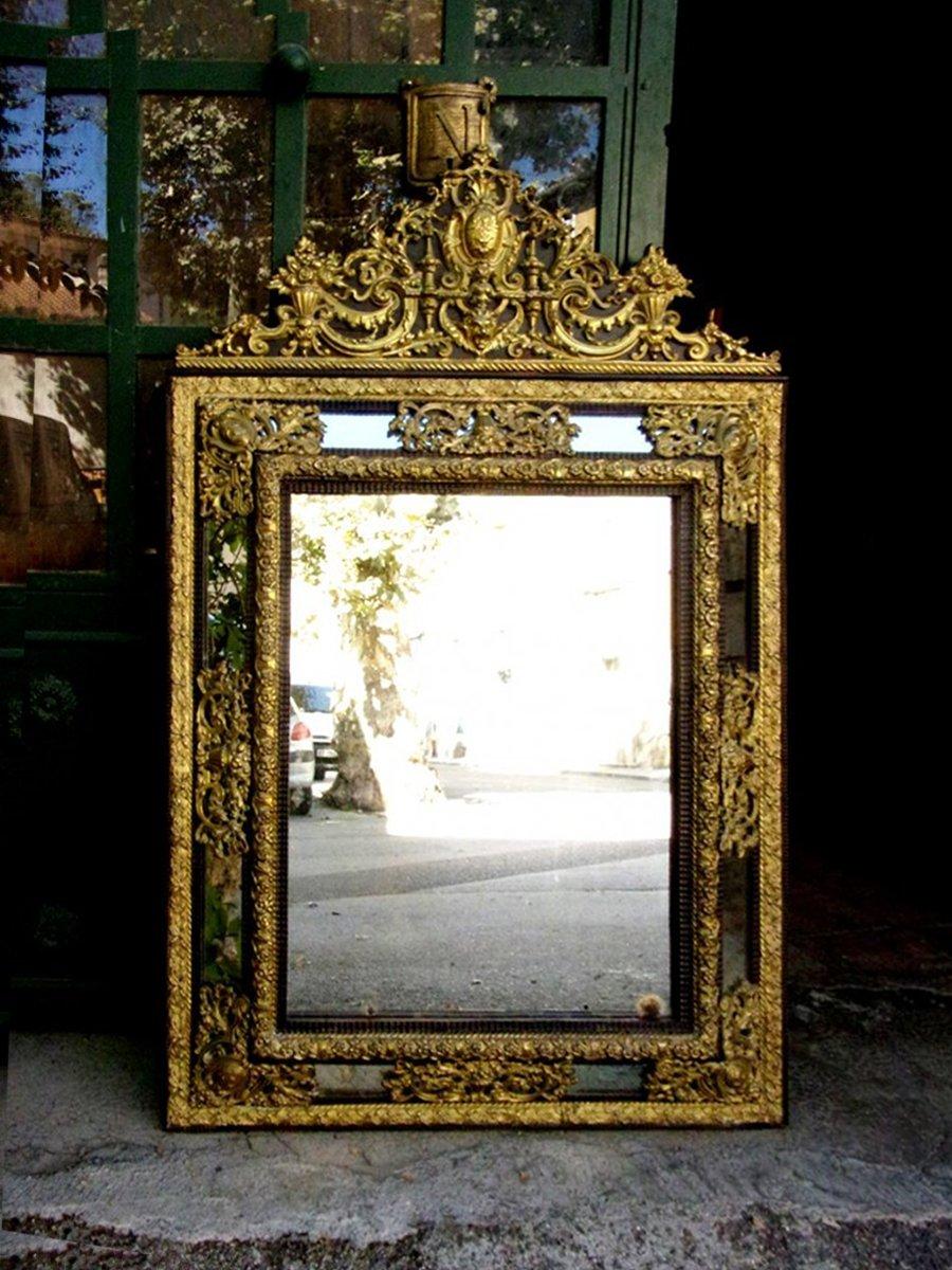 Miroir en laiton repouss fin xixe for Miroir laiton
