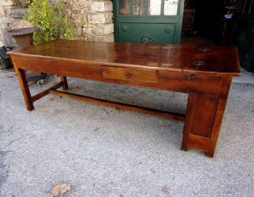 18th C farmhouse table in oak with bread compartment  - Furniture Style