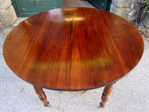 Furniture  - French Restauration period table in mahogany