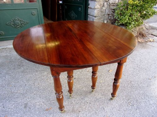 French Restauration period table in mahogany -