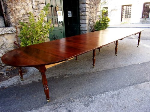 Antiquités - French Restauration period table in mahogany