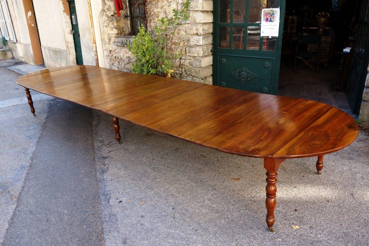 Table De Banquet En Noyer époque Restauration