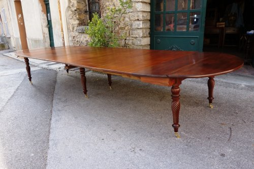 Restauration period french table in mahogany    - Restauration - Charles X