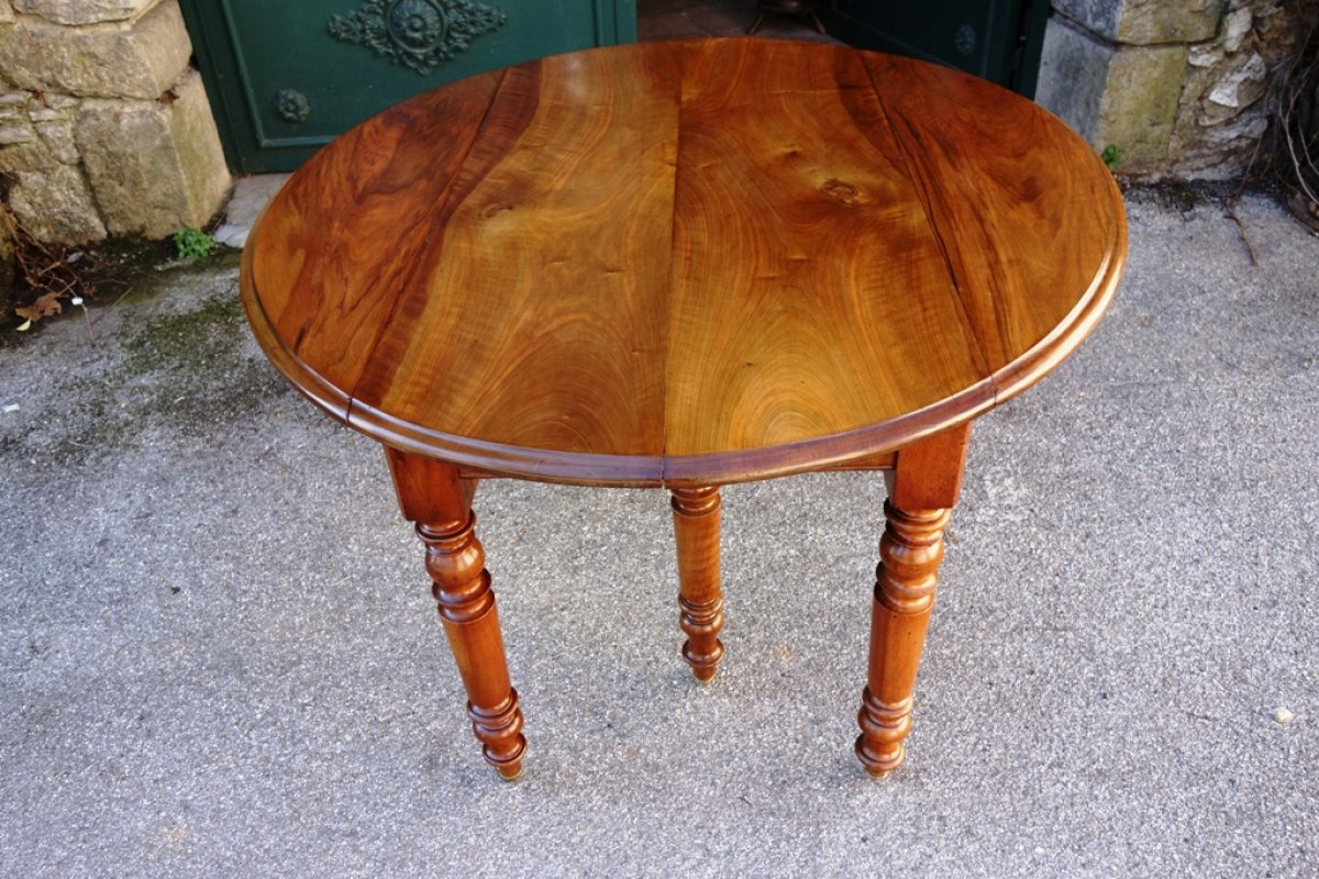 Table louis philippe en noyer massif xixe si cle for Table 6 pieds