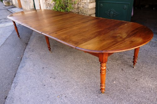 Table de salle manger ancienne antiquit s anticstore for Table salle a manger noyer massif