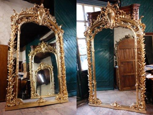 Monumental pair of giltwood mirrors, 243 cm - Mirrors, Trumeau Style Napoléon III