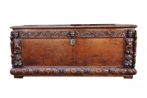 Coffer Cassone walnut, 17th century