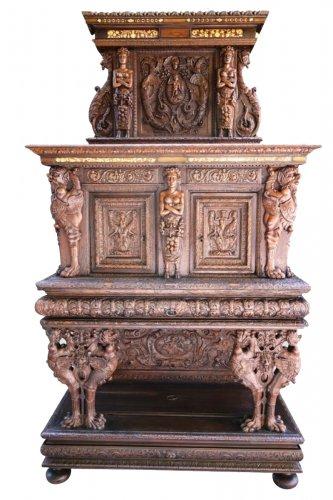 Dresser with backsplash of the school of Hugues Sambin, XVIe