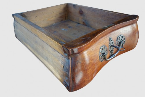 Antiquités - Commode in solid cherry, work of the Southwest