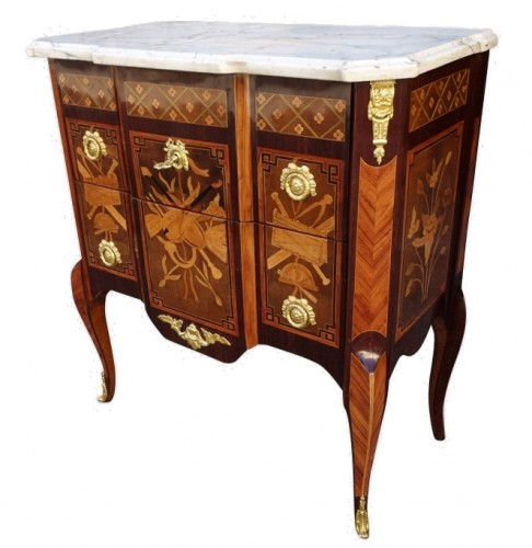 Commode d'époque Transition estampillée Malle