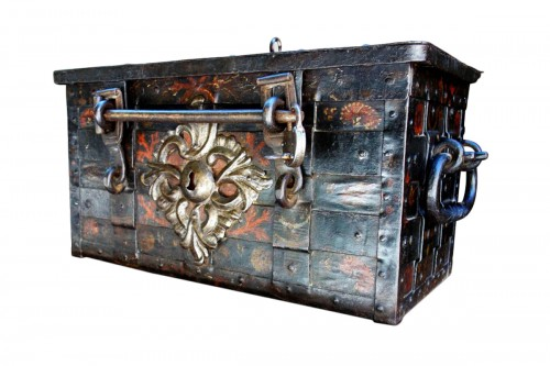 A 17th century Nuremberg chest