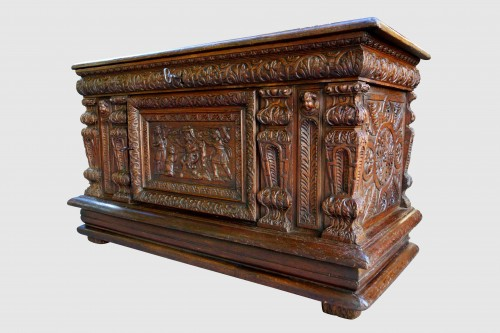 Chest of the Second Renaissance: The Judgment of Solomon - Furniture Style Renaissance