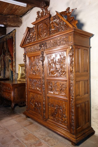 Languedoc Sumène cabinet of the seventeenth century - History of Solomon - Furniture Style Renaissance
