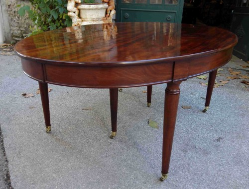 "Important ""Cuba mahogany"" banquet table  - Furniture Style Directoire"