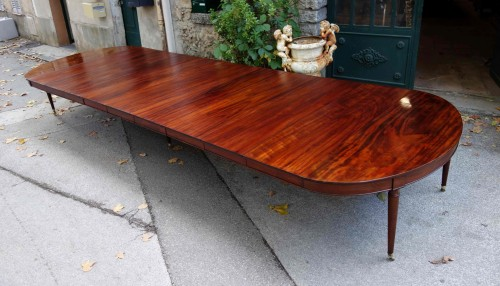"18th century - Important ""Cuba mahogany"" banquet table"