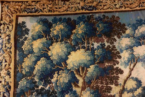 18th century - Large Aubusson Tapestry - Verdure with peacocks, 450 cm, 18th century