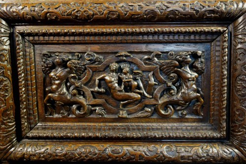 17th century - Large chest of the Second Renaissance with allegories of the four seasons