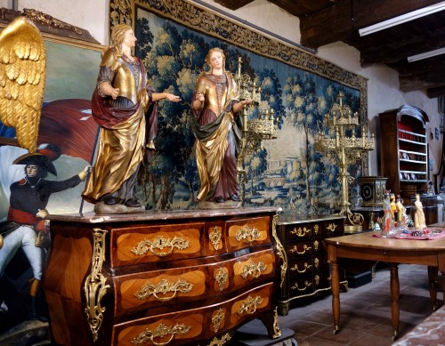 - Pair of Venetian maids in polychrome and gilded wood