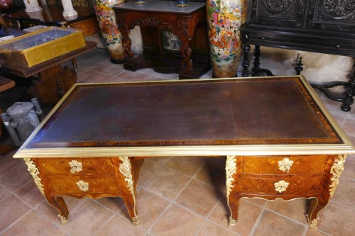 "Furniture  - Large desk ""Face to Face"" in floral marquetry opening with 9 drawers"