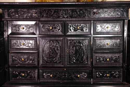 Renaissance - Ebony cabinet with scenes of the Holy Family