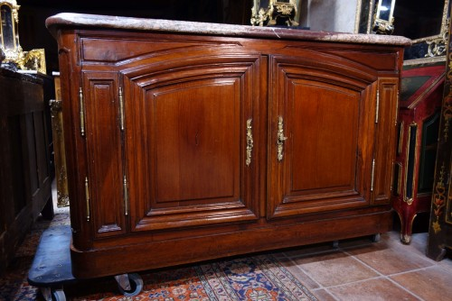 Furniture  - Hunting buffet in solid mahogany, Bordeaux region