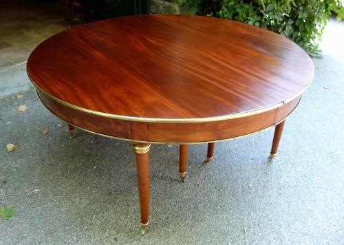 Large mahogany banquet table with Jurande hallmark - Furniture Style Louis XVI