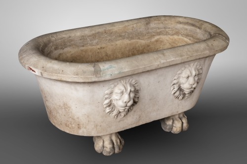 Marble jardiniere, Italy circa 1700 - Decorative Objects Style Louis XIV