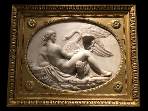 18th century - Leda and the swan, marble relief - France 18th century