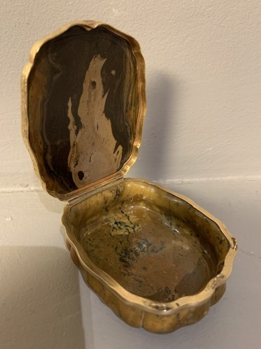 Objects of Vertu  - Box in jasper, Germany 18th ceentury