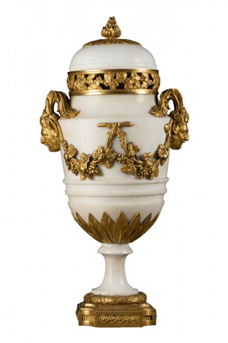 Early 19th century marble and gilt bronze vase
