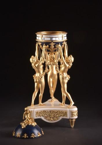The 3 Graces, an impressive Cercle Tournant mantel clock  - Horology Style Napoléon III