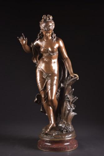 Jeune fille et oiseau - Mathurin Moreau (1822 -1912) - Sculpture Style Art nouveau