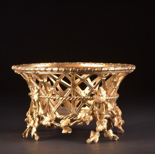 Antiquités - A large gilt-bronze Jardinière by Maison Alphonse Giroux a Paris, ca. 1860