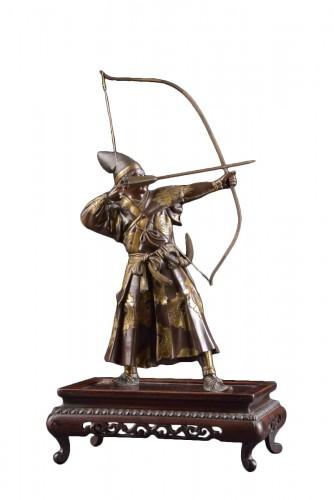 Fine quality large Meiji period Japanse bronze Samurai with Katana,