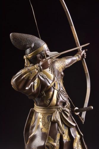 Fine quality large Meiji period Japanse bronze Samurai with Katana, - Sculpture Style