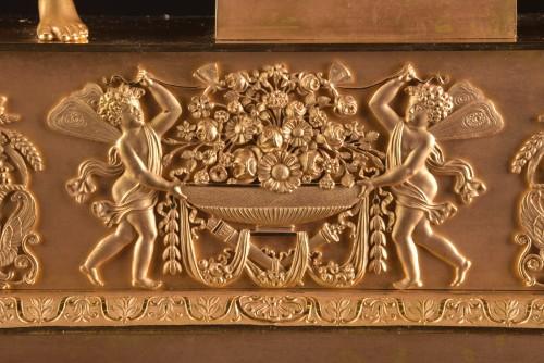 A large French Ormolu Empire pendule, Le Roy Horlogier du Roi à Paris - Empire