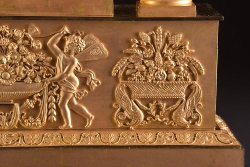 Empire - A large French Ormolu Empire pendule, Le Roy Horlogier du Roi à Paris